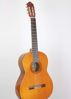 Yamaha C40M Akustik Konzertgitarre